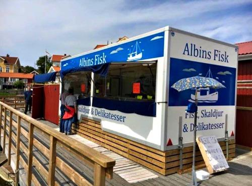 Albins Fisk vid hamnbryggan
