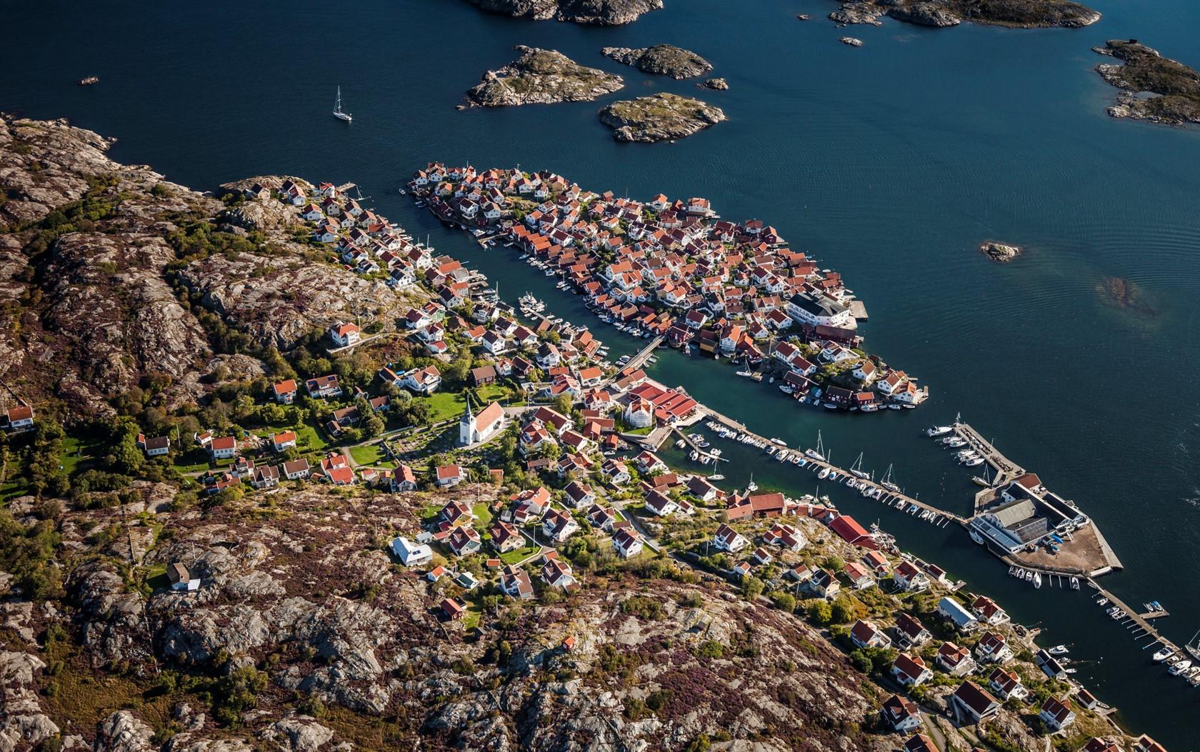 Gullholmen från ovan - Foto: Per Pixel