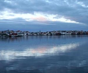 Gullholmen i blått - Foto: Carita Filipsson